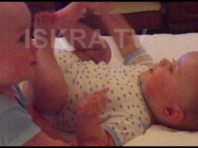 Baby in leg lock