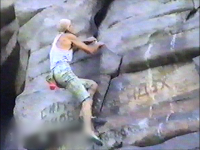 Man rock climbing/no ropes