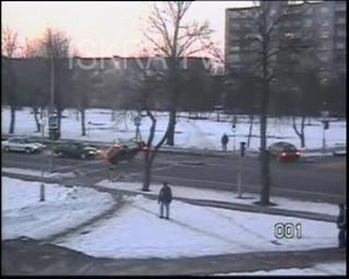 police car hits road sign – no sound