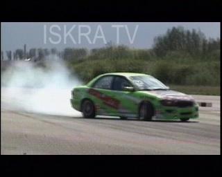 Car stunt goes wrong