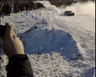car crashes into crowd at race on snow
