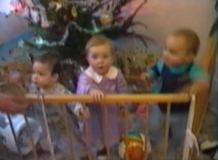 toddlers pull down playpen