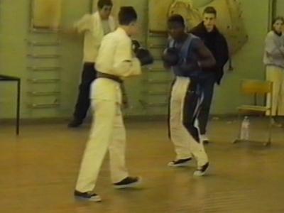 Kick boxer loses trousers